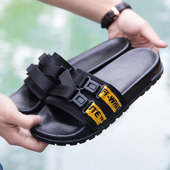 Original Men Flat Slippers Summer Fashion Beach Slippers Comfortable Indoor Slippers Men Brand Room Shoes Man Casual Slippers 2020 summer cool rhinestones slippers for male gold black loafers half slippers anti slip men casual shoes flats slippers wolf