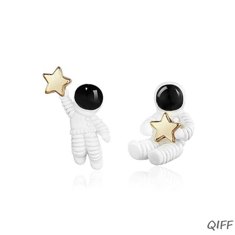Cute Asymmetric Space 925 Silver Plated Astronauts Stud Earrings Women Jewelry