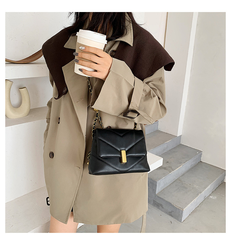 Vintage Chain Designer Pu Leather Crossbody Bags for Women 2021 Winter Trend Handbags Branded Trending Women's Shoulder Bag