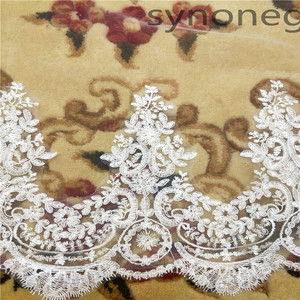 Image 5 - Real Photo Real Photo 3m One Layer Wedding Veil With Comb White Lace Edge Bridal Veils Ivory Cathedral Wedding Veil 5m