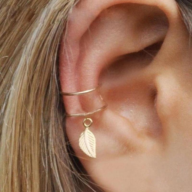 Vintage Ear Cuffs Gold Leaf Ear Cuff Clip Earrings for Women Climbers No Piercing Fake Cartilage Earrings Clip Ear Wrap Jewelry