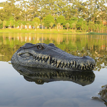 Flytec V005 2.4GHz Simulation RC Crocodile Boat 15km/h Remote Control RC Boat for Drive Waterfowl Protect the Pool Spoof Toys