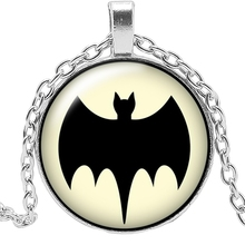 2019 New Movie Surrounding Bat Badge Necklace Jewelry Pendant Crystal Convex Round Glass Childrens Gift