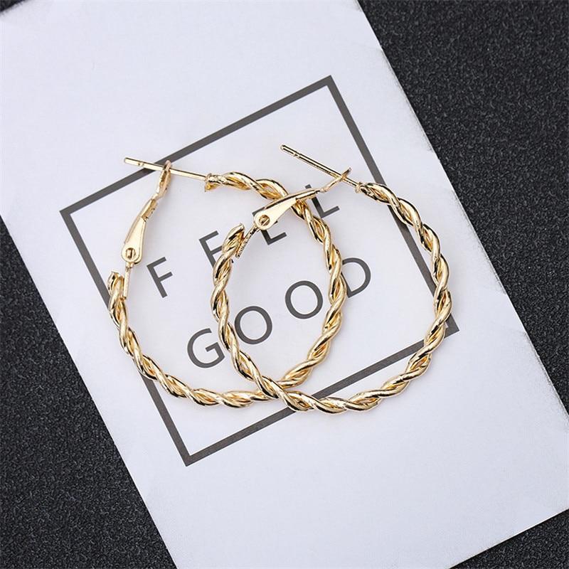 DoreenBeads Fashion Hoop Earrings For Women Based Alloy & Stainless Steel Ear Post Earrings Gold Circle Ring Gift 3cm Dia, 1Pair