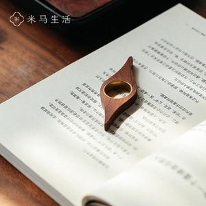 Деревянная книжная марка, черное ореховое кольцо для чтения одной рукой, особенно подходит для быстрого чтения студенток, инструмент для чт...