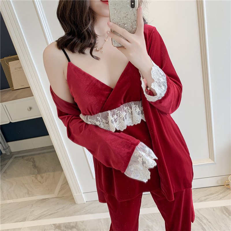 Autumn New 3 Pcs Gold Velvet Women Pajamas Lace V Lead Sexy Pyjamas Spaghetti Strap Cardigan Trouser Set Sleepwear