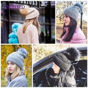 Image 4 - Enjoyfur冬の帽子毛皮pompom帽子暖かいウールだらしないビーニー女性のファッションskullies女性帽子