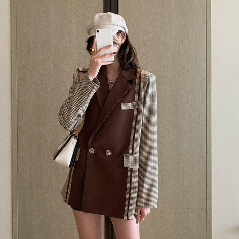 LANMREM 2020 New Spring Hit Color Suit Collar Lattice Button Decorations Blazer Women Office Lady Temperament Slim Coat PD650