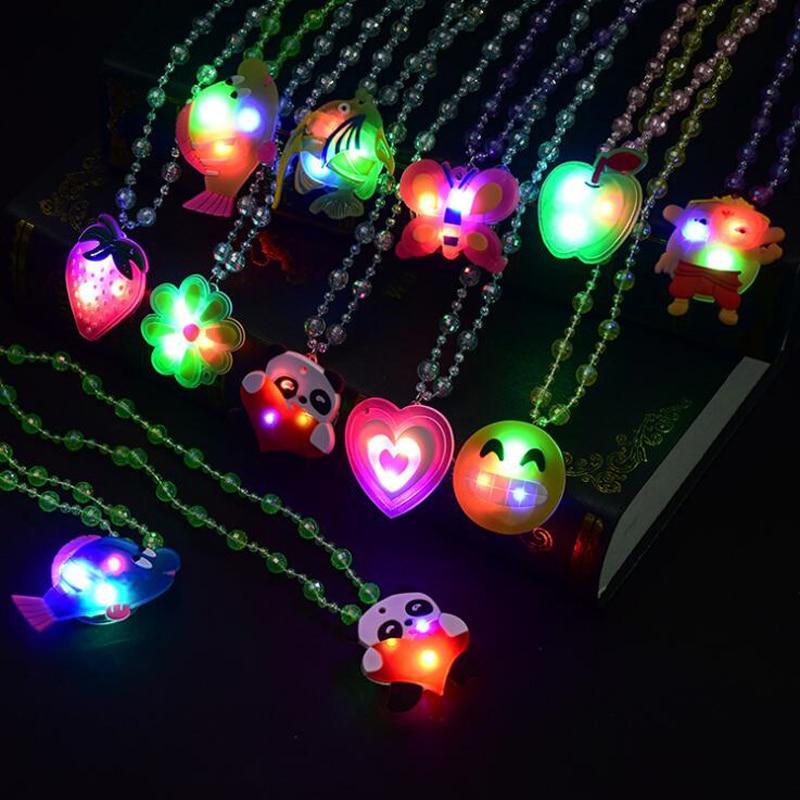 Huilong Glitter Flash Acrylic Necklace Led Lamp Novelty Night Market Hot Creative Children's Toys Luminous Light Up Toys Glow