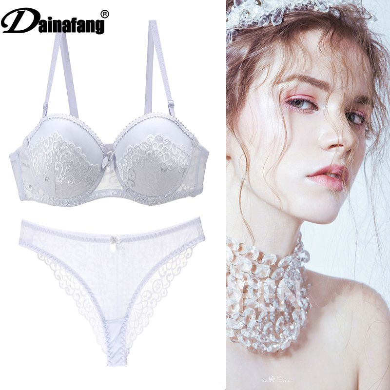 The New 2020 Sexy Lace Bra Brief Sets Thong Hollow Out Lingerie Set Womens Underwear Set Intimante Bra