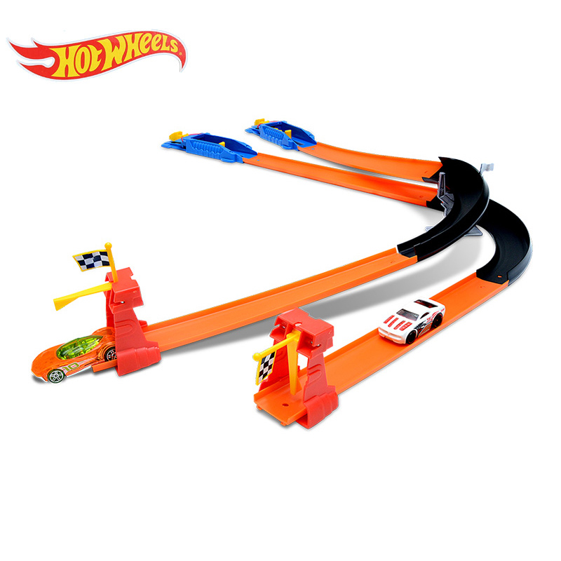 Original Hot Wheels ECL-3-in-1 Track Car Toys For Boys Hotwheels Racing Train Kids Plastic Railway Car Slot Model Toy BGJ08