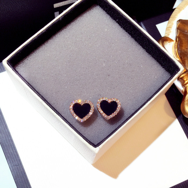 Симпатичные корейские серьги гвоздики в форме сердца с блестящим