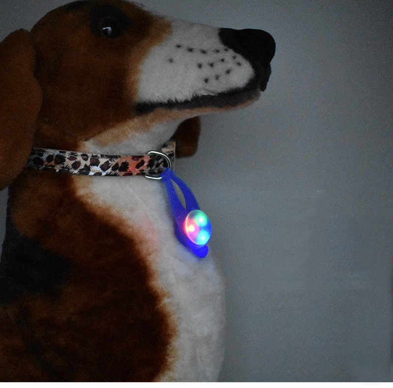 1PC Pet LED Pendant Safety Flashing Glow Light Blinking LED Collar Pendant for Pet Dog Puppy 8x2.5cm Dropshipping