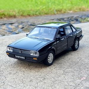 1:32 Масштаб Santana сплав модель автомобиля металлические игрушки транспортные средства для детей игрушки подарки оригинальная коробка