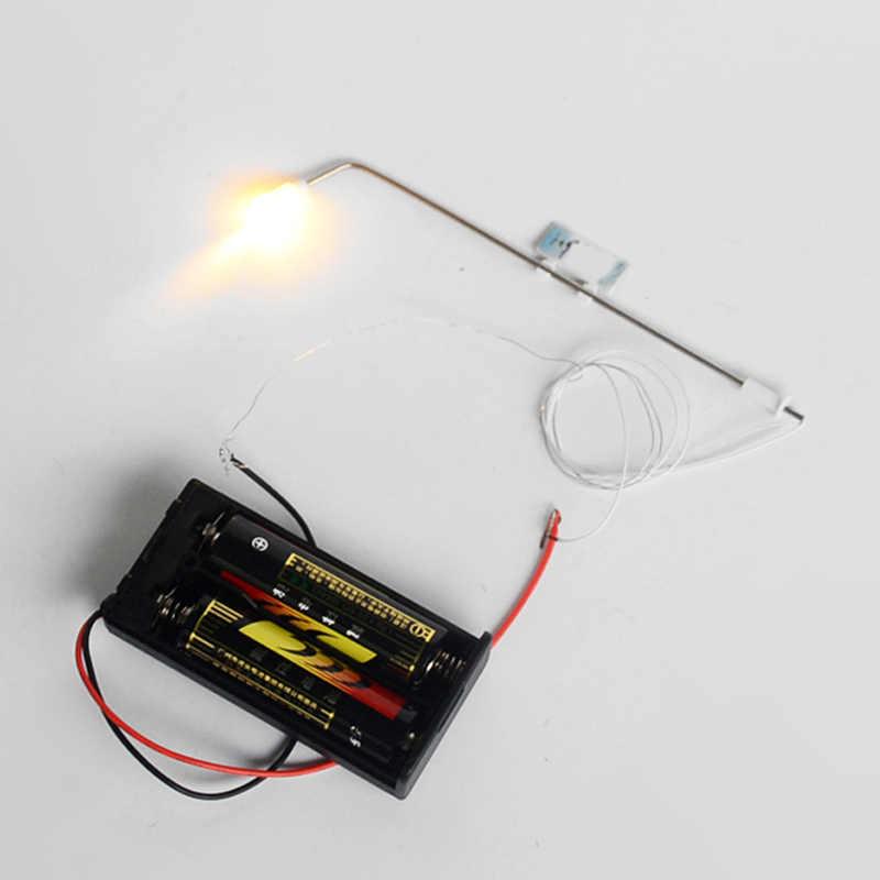 10 sztuk LED uliczne światła HO skali 1:100 ogród u nas państwo lampy podwójna głowica 3V światła ogrodowe latarni Model pociągu układ MR744