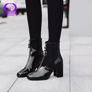 Image 1 - AIMEIGAO חם קטיפה רוכסנים קרסול מגפי נשים החורף שחור עור מפוצל לנשימה שלג מגפי נשים עמיד למים נעלי עקבים גבוהים