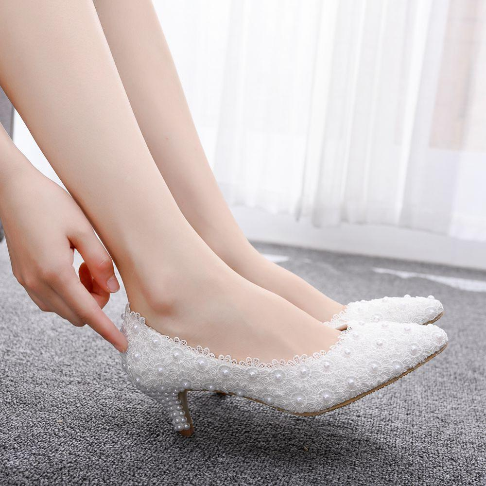 Crystal Queen 2 Inches Kitten Heel Girl Dress Shoes White Pink Lace Flower Party Prom Shoes Wedding Bridal Shoes Bridesmaid Shoe