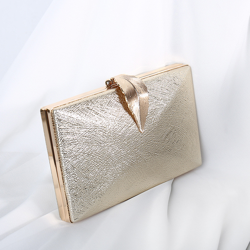 Luxy Moon Women's Wedding Clutch Bag Gold Party Purse Ladies Handbag Party Purse For Bridal Metal Leaf Lock Shoulder Bag  ZD1524