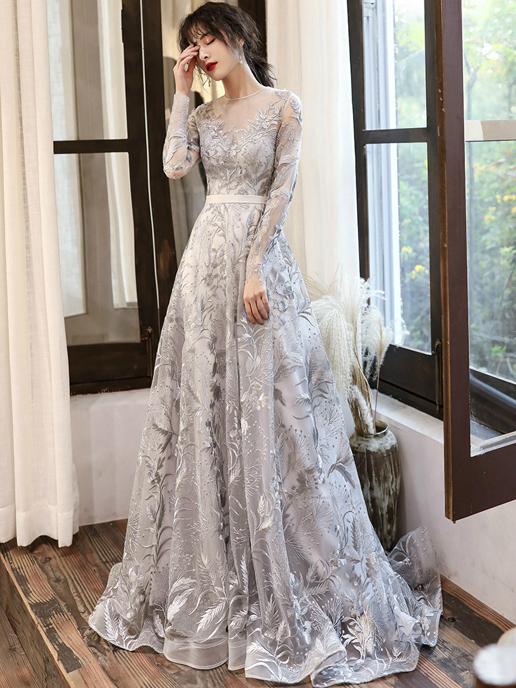Silver Gray Lace Evening Dresses With Long Sleeves Elegant O neck A line Floor length Backless Celebrity Gowns