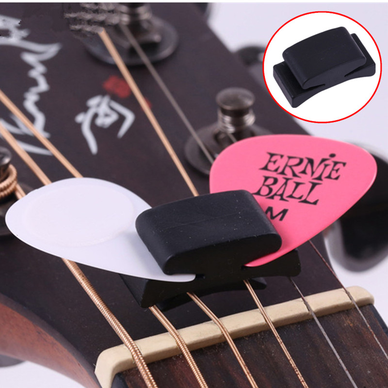 1/2Pcs Black Rubber Pick Holder For Guitar Ukulele Fix On Headstock Firmly Holders For Guitar Bass Cute Guitar Accessories