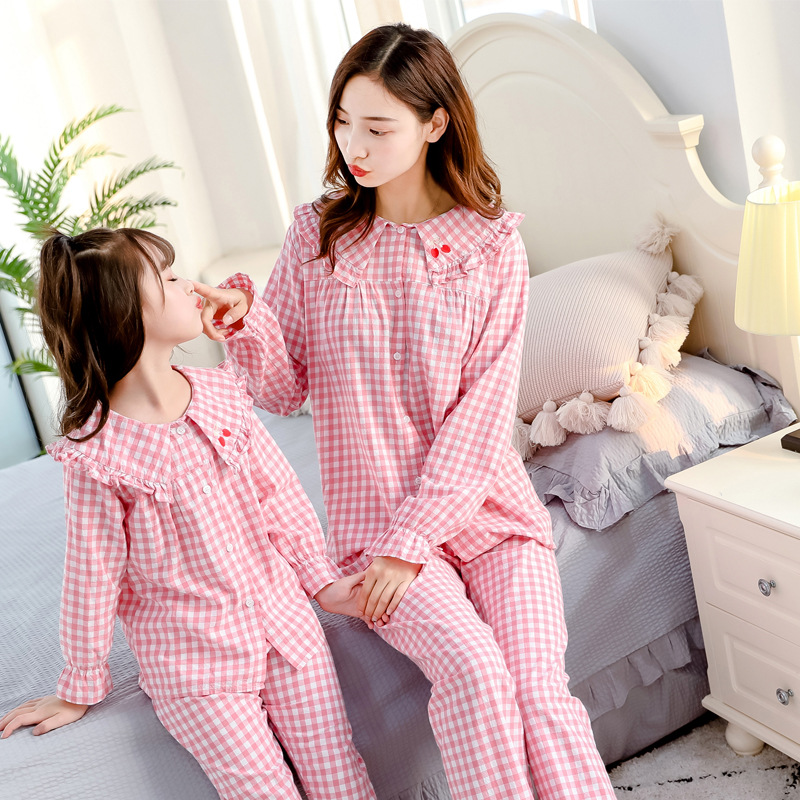 Mom Daughter Matching Outfits Pajamas Hotel Pyjamas Tshirt Matching Family Christmas Sweaters Sets Blouse Mommy and Me Leggings 2
