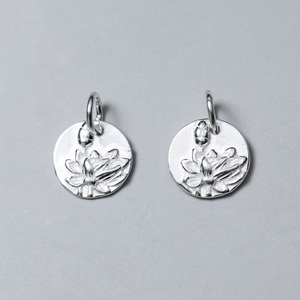 925 Sterling Silver Craftwork Cameo Lotus Round Charms 12mm Classy S925 Silver Bracelets Dangle Pendant DIY Jewelry Accessory