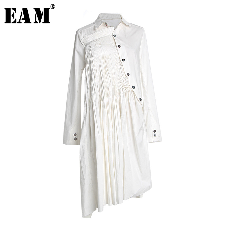 [EAM] Women White Button Pleated Asymmetrical Shirt Dress New Lapel Long Sleeve Loose Fit Fashion Tide Spring Autumn 2020 1S552