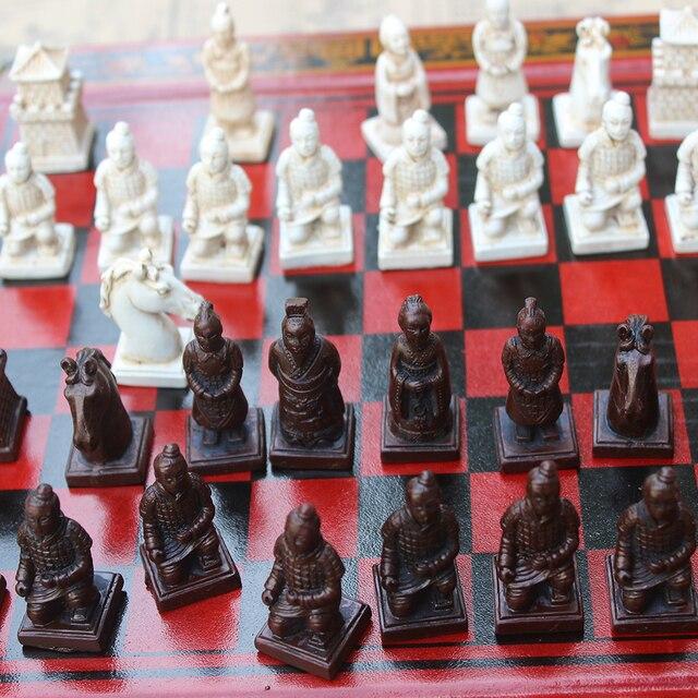 Pliant en bois International jeu d'échecs en terre cuite guerriers pièces d'échecs jeu d'échecs noël cadeau conseil emballage mot échecs 4