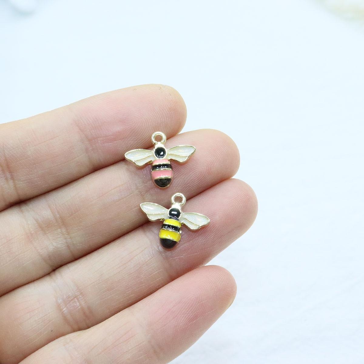 Eruifa 6 шт. 15 мм красивая эпоксидная пчела сплав цинка ювелирные изделия DIY Подвески ожерелье, серьги браслет 2 цвета