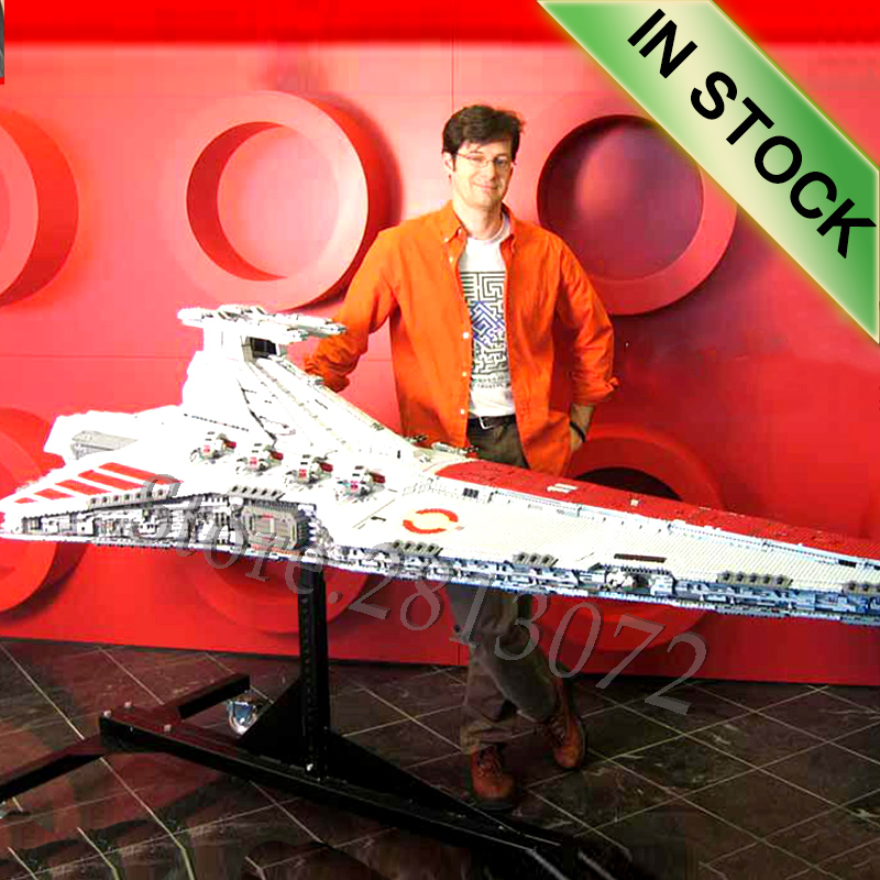 05077 The UCS Venator Class Star Destroyer ST04 6125pcs Star Movie Wars Model Building Blocks Compatible With Toys