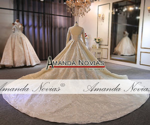 Image 4 - Yüksek boyun çizgisi tam boncuk düğün elbisesi uzun tren ile müşteri sipariş amanda novias