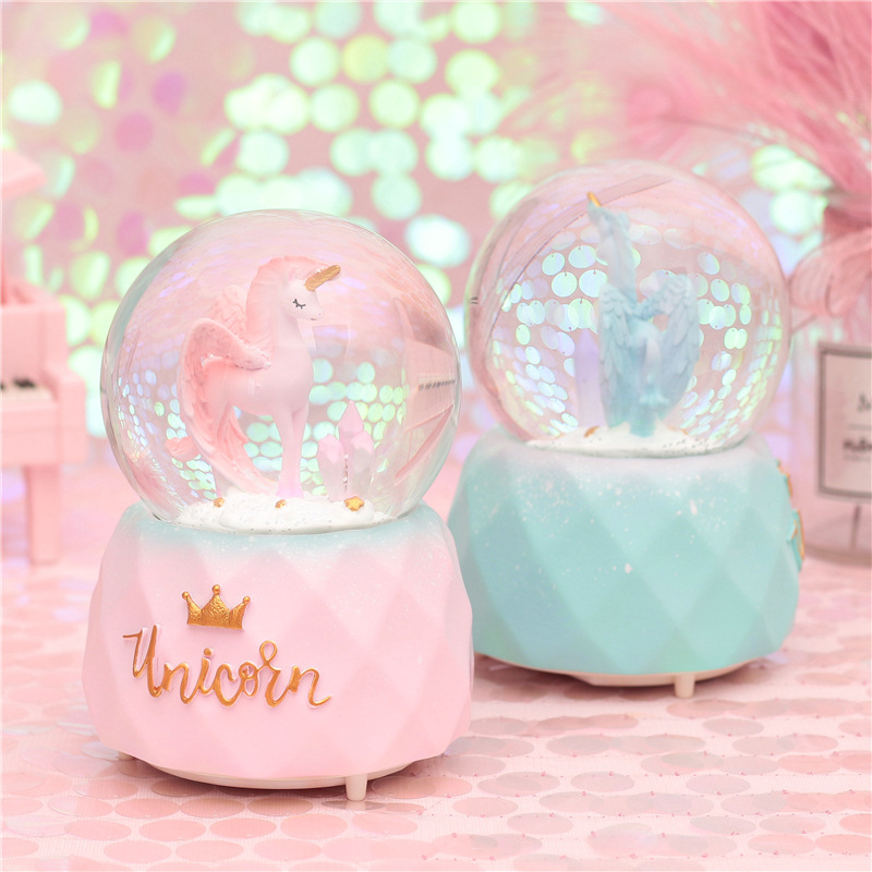 10*15.8CM Snow lighting Crystal Globes unicorn Glass Music Box Glass Home Coffee Shop Decoration Christmas Valentine's Day Gift