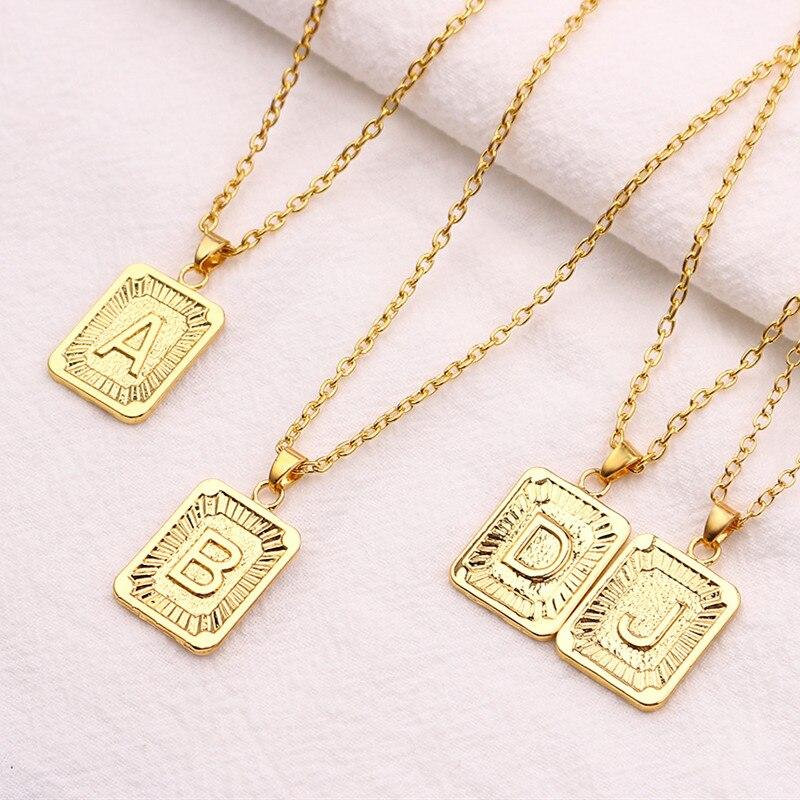 Oro piccolo A-Z Iniziale Lettera Collane Umisex Fascino Lustro Oro Metallo Capitale Delle Coppie di Amore Del Pendente Per Le Donne Degli Uomini Dei Monili del Regalo