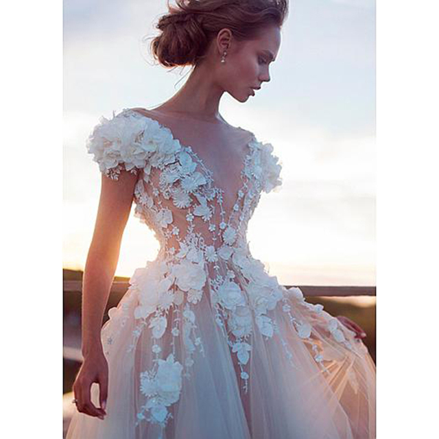 Champagne Tulle Boho Wedding Dresses 2021 Sexy Backless Princess Bridal Dress Lace Appliques 3D Flowers Beach Wedding Gowns 4