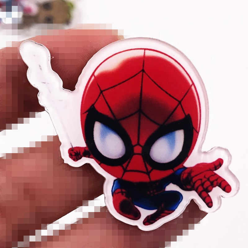 1PCS Spider Man Icona Acrilico Distintivo Per I Bambini Festa di Compleanno Regali Marvel Movie Hero Avengers Spilla di Alta Qualità di Spille accessori