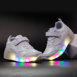 2019 Sneakers Kids Sneakers with Wheels Roller Skate Shoes Children Glowing Sneakers Led Light up Shoes for Boys Girls