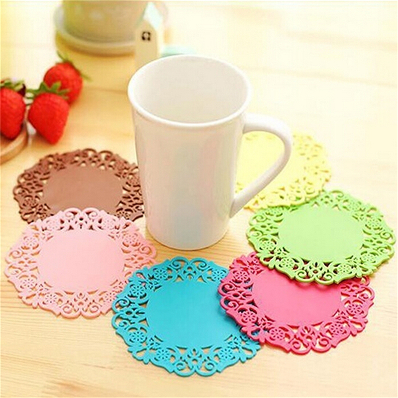 1Pcs Flower Shape Coaster Placement For Mugs Cup Hollow Insulation PadsTable Decoration Office Supplies