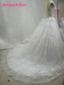 Image 5 - Роскошное люксовое кружевное свадебное платье с открытой спиной и шлейфом