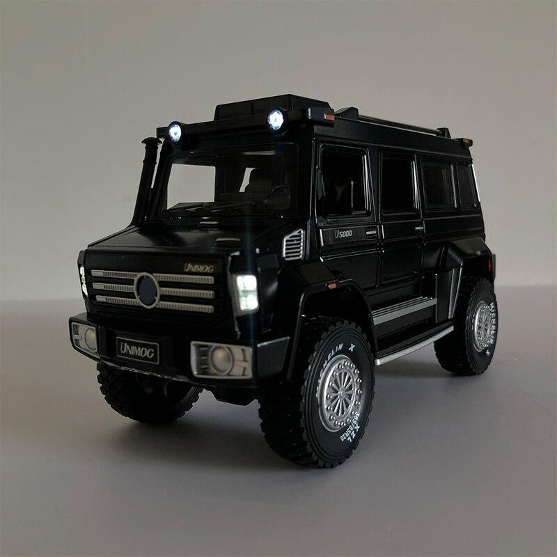 Simulação 1/28 liga unimog u5000 suv modelo de brinquedo carro metal diecast veículo com som luz puxar para trás coleção brinquedos crianças presente