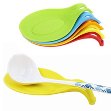1Pc Kitchen Accessories Multipurpose Spoon Rest Pad Food Grade Silicone Anti-scalding Put Mat BBQ Picnic Utensils