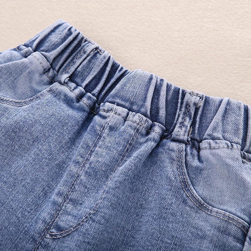 Купить с кэшбэком New Japanese Toddler Girl Jeans Elastic Waist Embroidery Strawberry Cute Denim Capris Preppy Style Cute Denim Trousers 1 to 7 Y