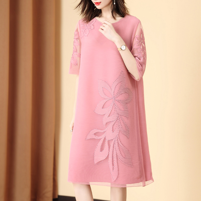 Pink Plus Size Dress 2020 Women Summer New Fashion Flower Beading Half sleeve Round Neck Stretch Miyake Pleated Loose Dress