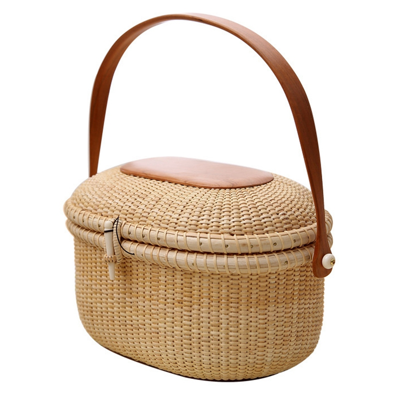 Wicker Willow Picnic Basket Shopping Vintage Basket with Lid and for Camping for Shopping