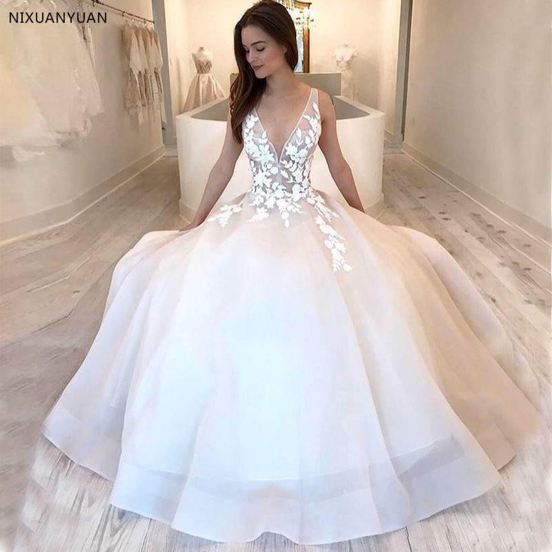 Deep V-neck Wedding Dresses Illusion Bodice Appliques Simple Full Length Bridal Dress Backless Long Robe De Mariee Custom 2020