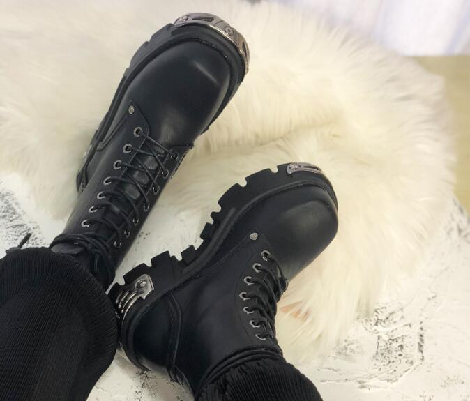 Punk Black Leather Girls Rock Style Thick Bottom Lace Up Front Iron Decoration Round Toe Short Motorcycle Ankle Boots Cheap