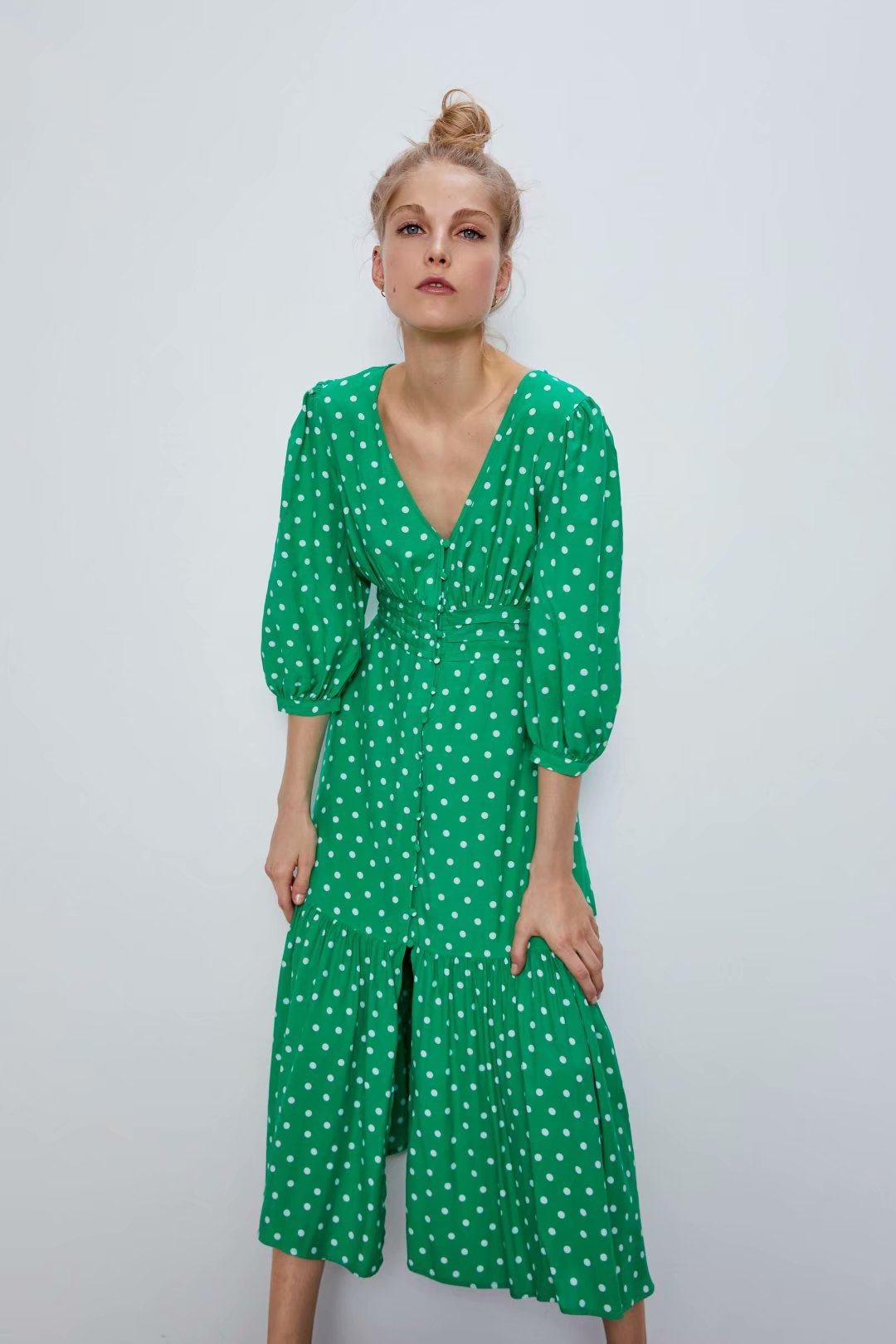 2020 New Spring Summer European Hair 55 Polka Dot Female Green Dress Zaraing Vadiming Sheining Women Dress Streetwear O9608