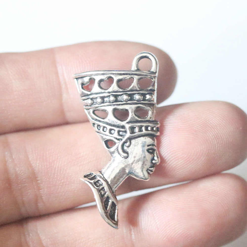 Egitto Fascino Egiziano queen Dea Ankh Croce Horus Occhio Scarabeo Fascino Vintage Argento Pendenti con gemme e perle Pendenti e Ciondoli per Monili Che Fanno