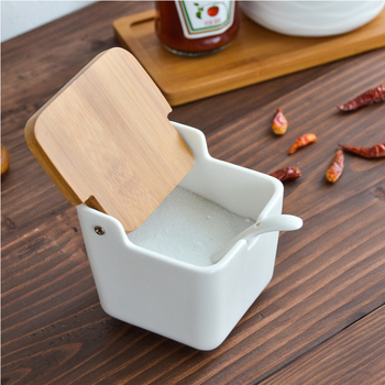 Creative European ceramic flip seasoning jar cruet salt kitchen supplies box pot