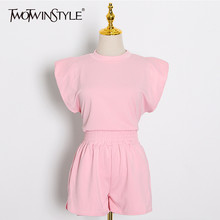 TWOTWINSTYLE zarif kadın iki parçalı Set O boyun kolsuz tişört üst yüksek bel ince şort günlük giysi kadın moda elbise