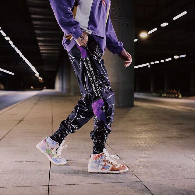 Color Block Pocket Patchwork Cargo Joggers Men Graffiti Hip Hop Letter Print Harem Pants Mens Casual Dance Trousers Sweatpants 4